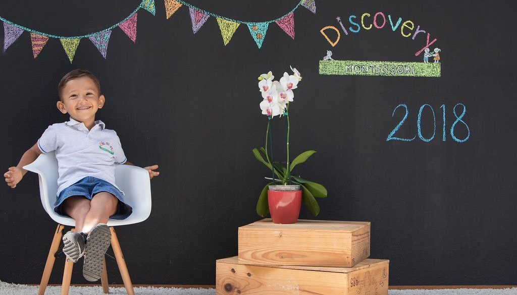 sesion niño foto kinder discovery montessori estudiante