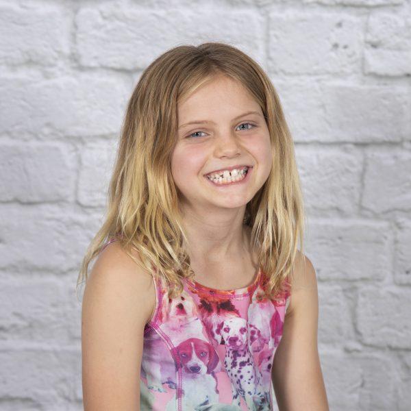 foto niña kinder trinity porrista