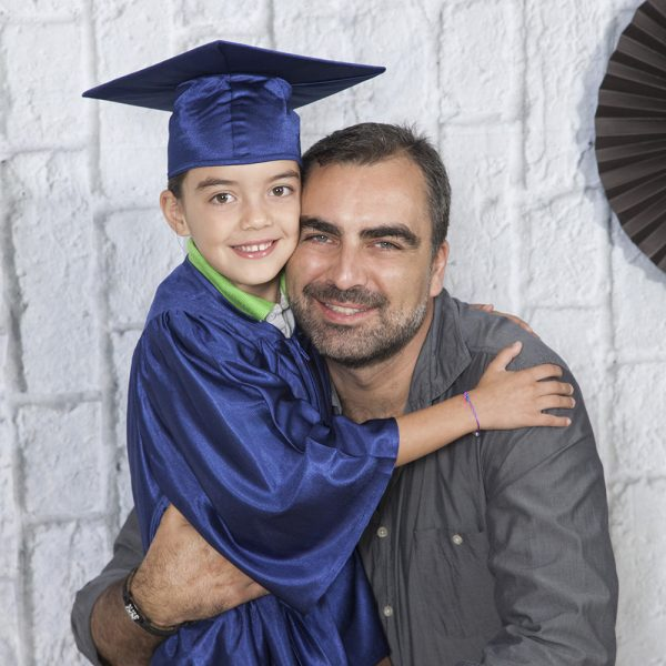 kinder garden montessori graduation montessori papa e hijo