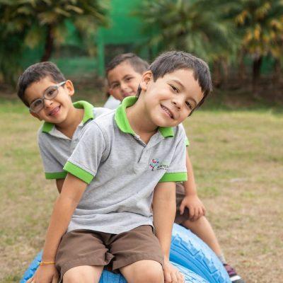 fotos redes sociales empresas pymes kinders centros educativos escuelas colegios