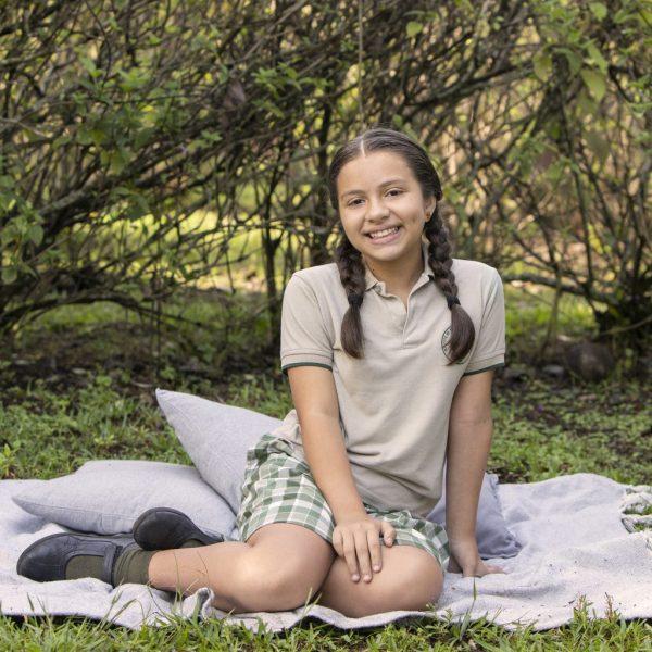 foto escolar niña quinto grado