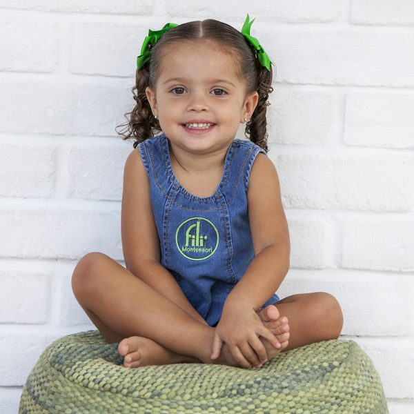 foto niña kinder centro eduicativo escolar fili montessori