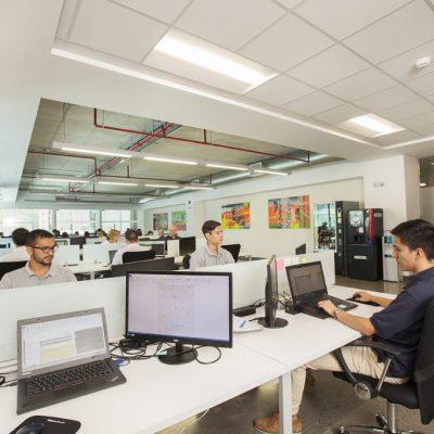 fotografia redes sociales oficinas san jose corporativo grupos trabajo