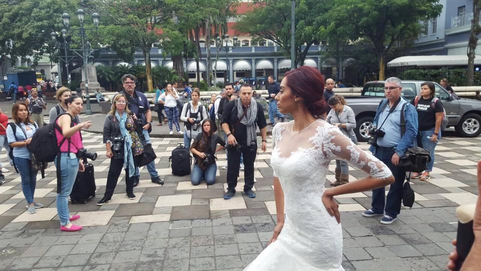 Fotografia Vestido de Novia, Plaza de la Cultura, Costa Rica