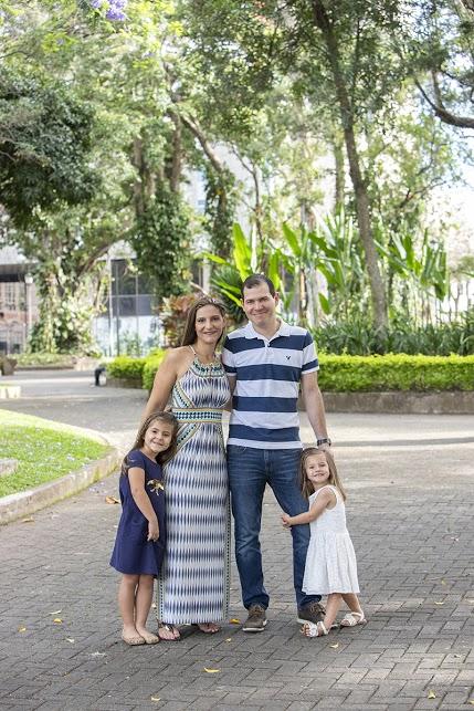Retrato fotográfico de sesión de fotografía familiar