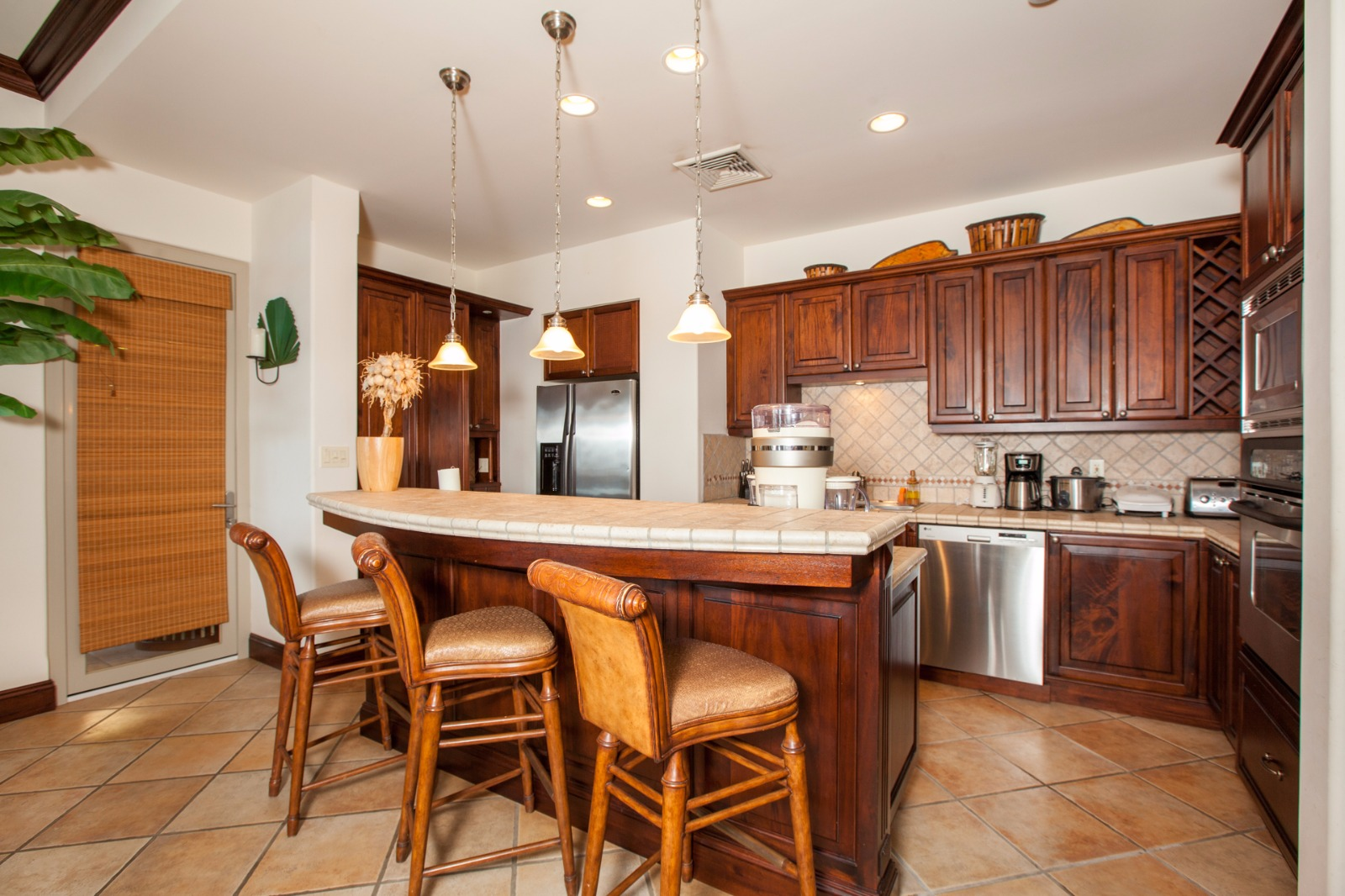 kitchen with counter and chairs