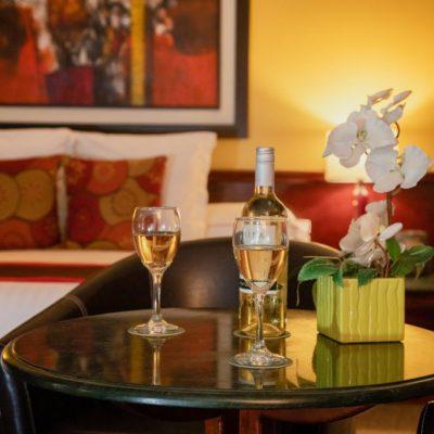 fotografia redes sociales oficinas san jose corporativo habitacion de Hotel