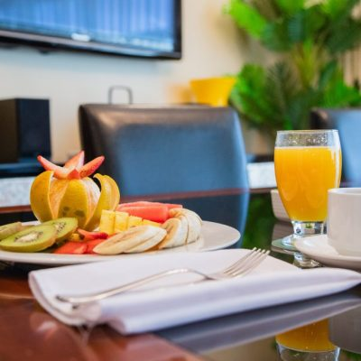 fotografia redes sociales oficinas san jose corporativo desayuno continetal