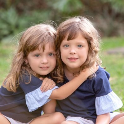 sesion de hermanas niñas gemelas